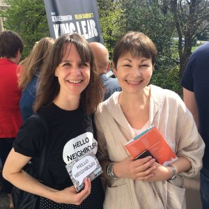Parade Caroline Lucas - Hello neighbour
